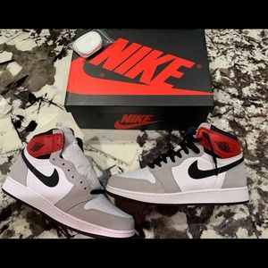 "Jordan 1 Retro OG GS ""Smoke Grey"" size 7y"